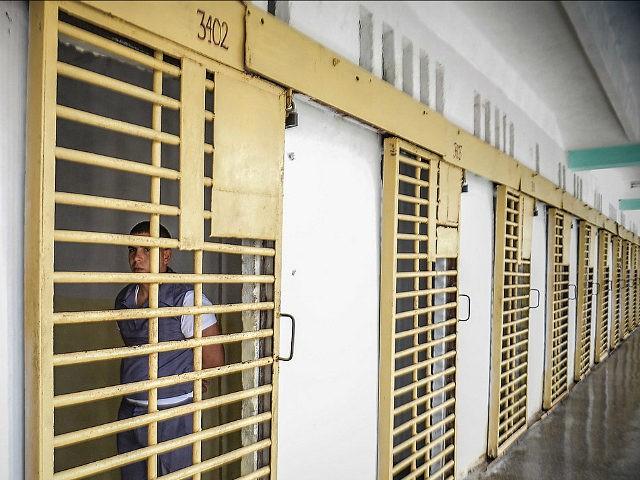 Cárceles cubanas