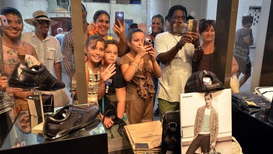 Inaugurada exclusiva tienda de modas en Camagüey