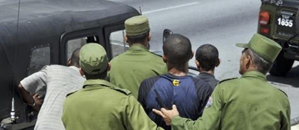 Diciembre cerró con 859 acciones represivas en Cuba, de ellas 201 detenciones arbitrarias